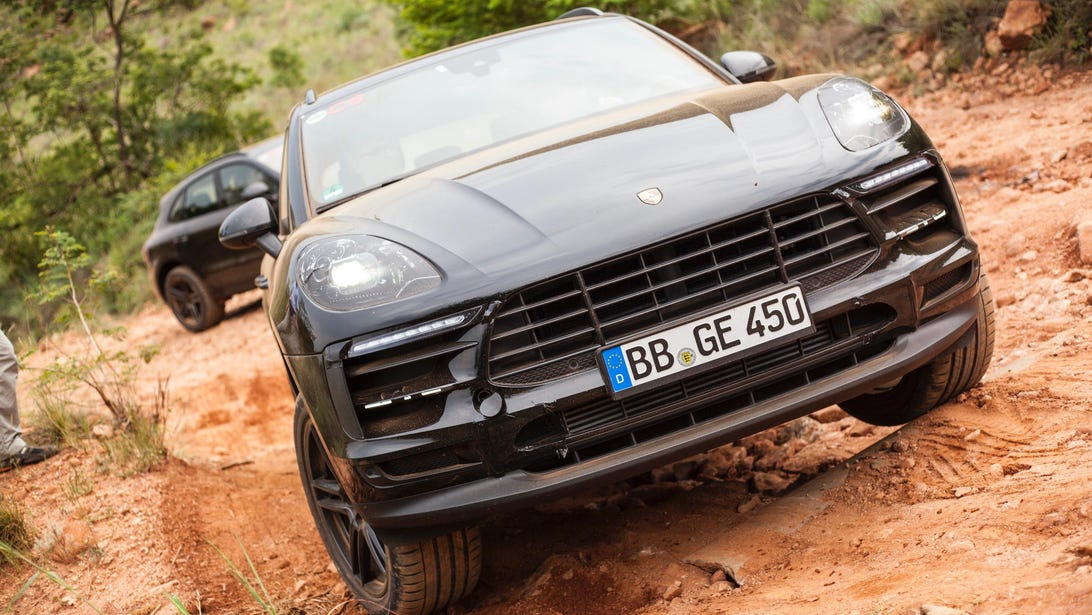 Porsche Macan Teaser