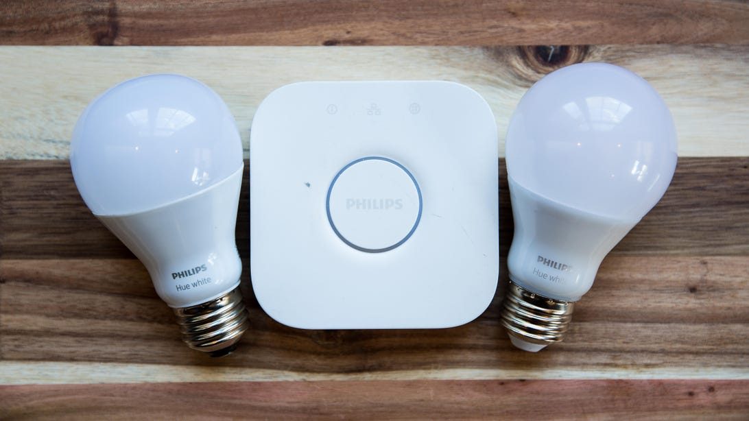 philips-hue-white-starter-kit-led-light-bulbs-bridge