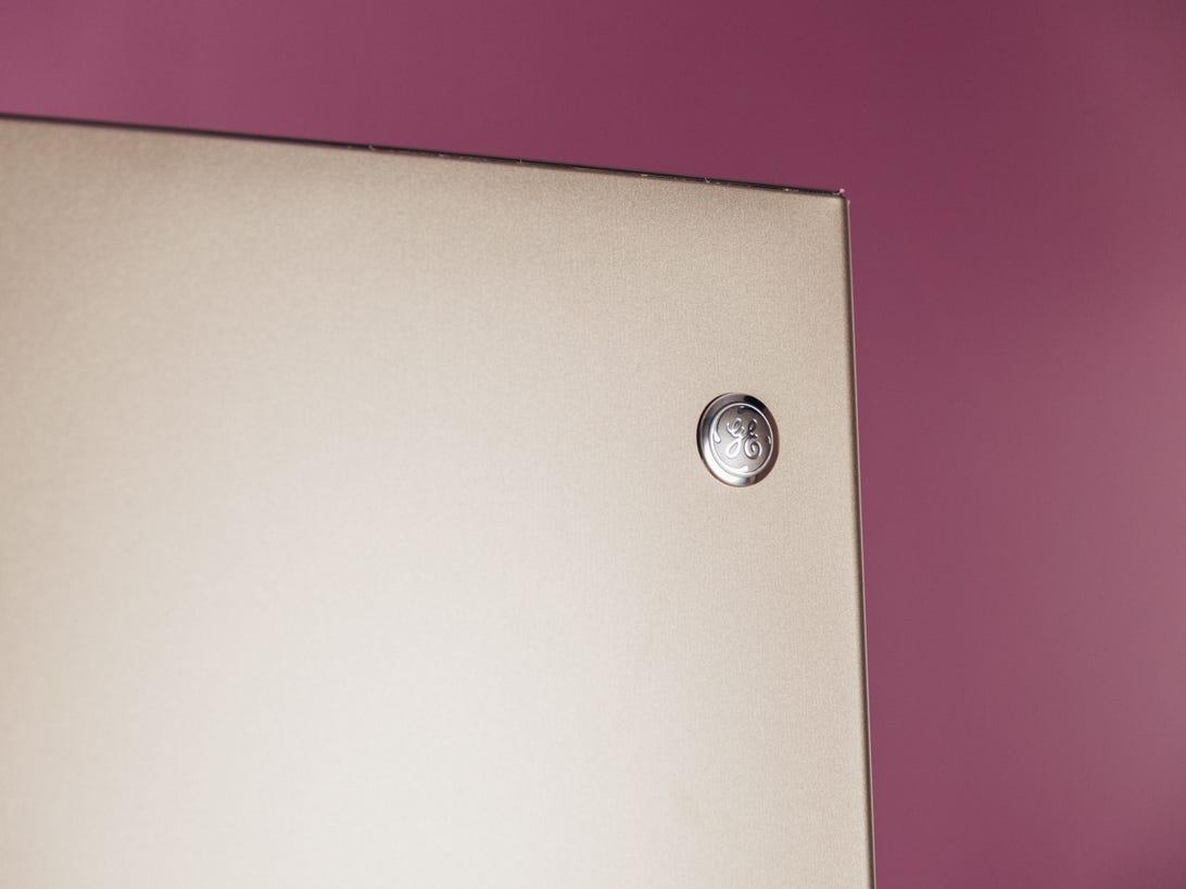 ge-gde21emkes-bottom-freezer-refrigerator-product-photos-3.jpg