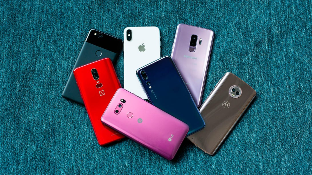 pile-of-phones-aug-2018-1-of-1