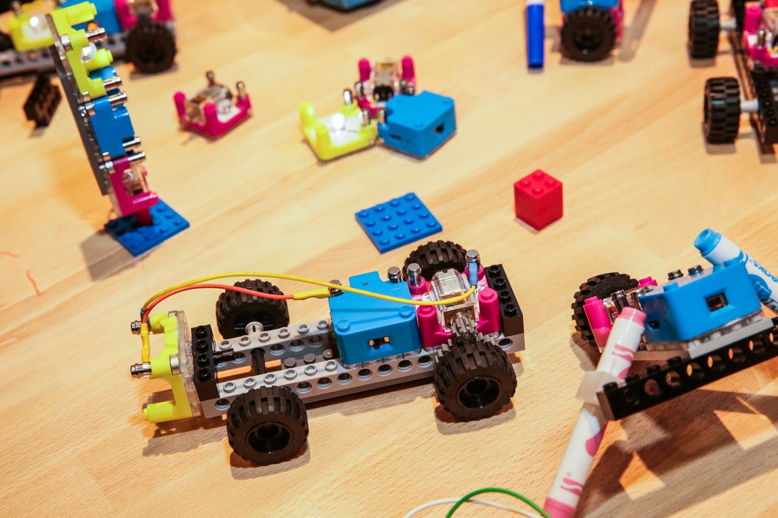 circuit-cubes-kits-compatable-with-lego-01.jpg