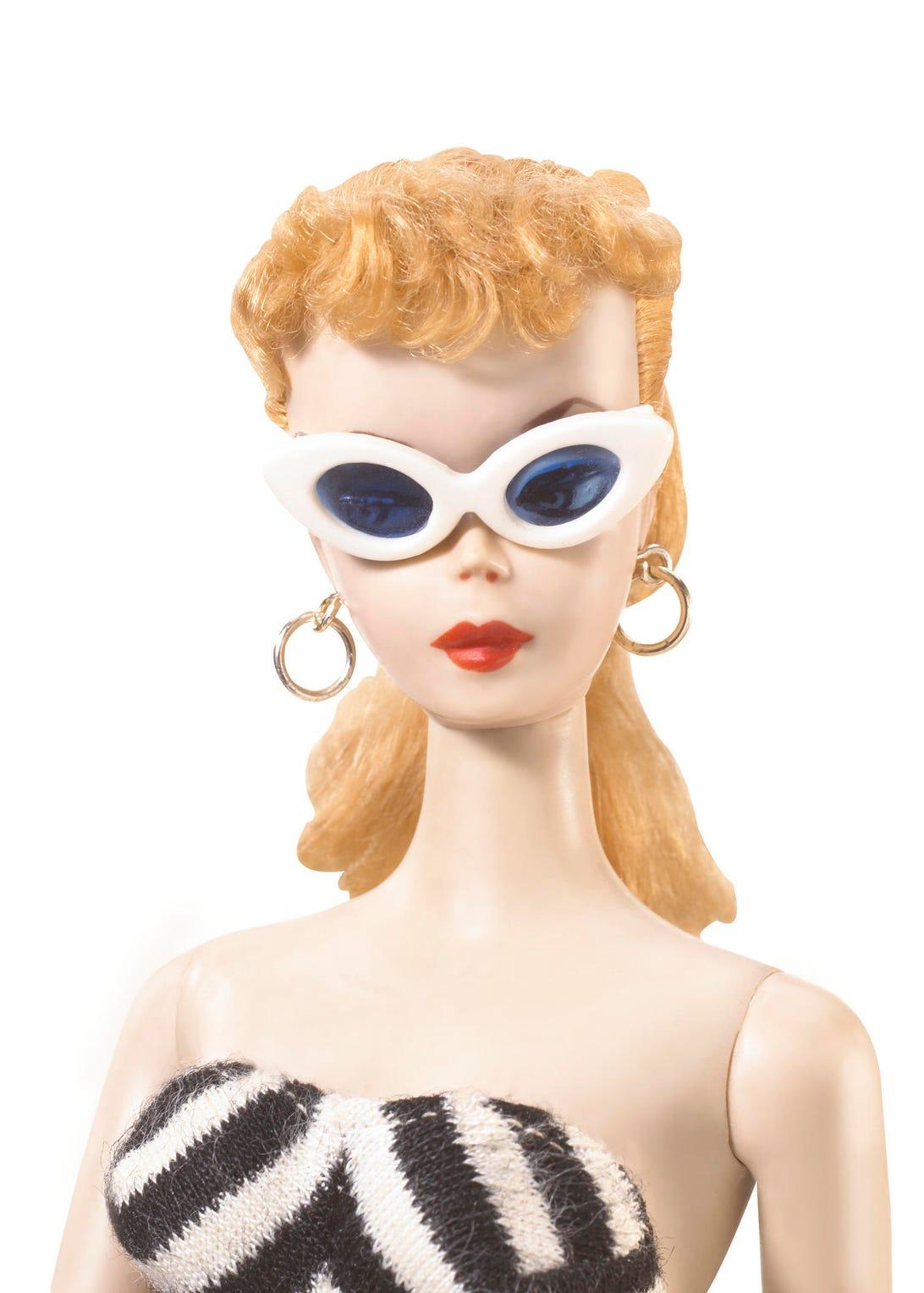 1959-headshot-w-glasses
