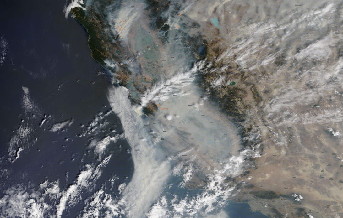 01-overview-of-california-wildfires-22august2020-nasa-terra-modis-with-fire-detections-in-orange