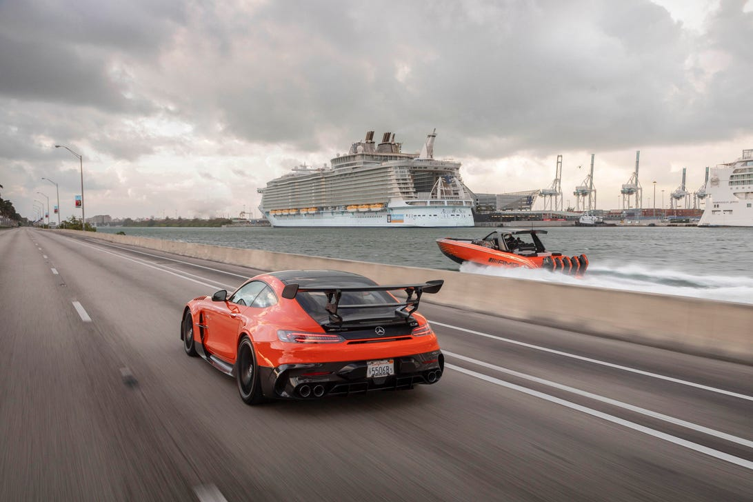 Mercedes-AMG GT and Cigarette boat