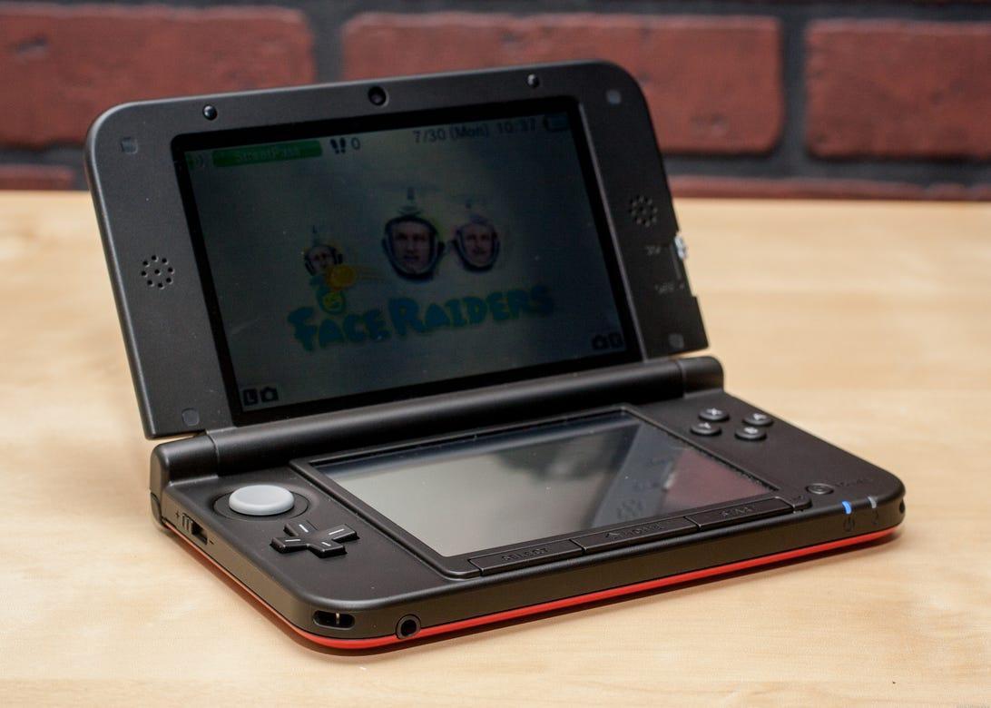 Nintendo_3DSXL_35335413_02.jpg