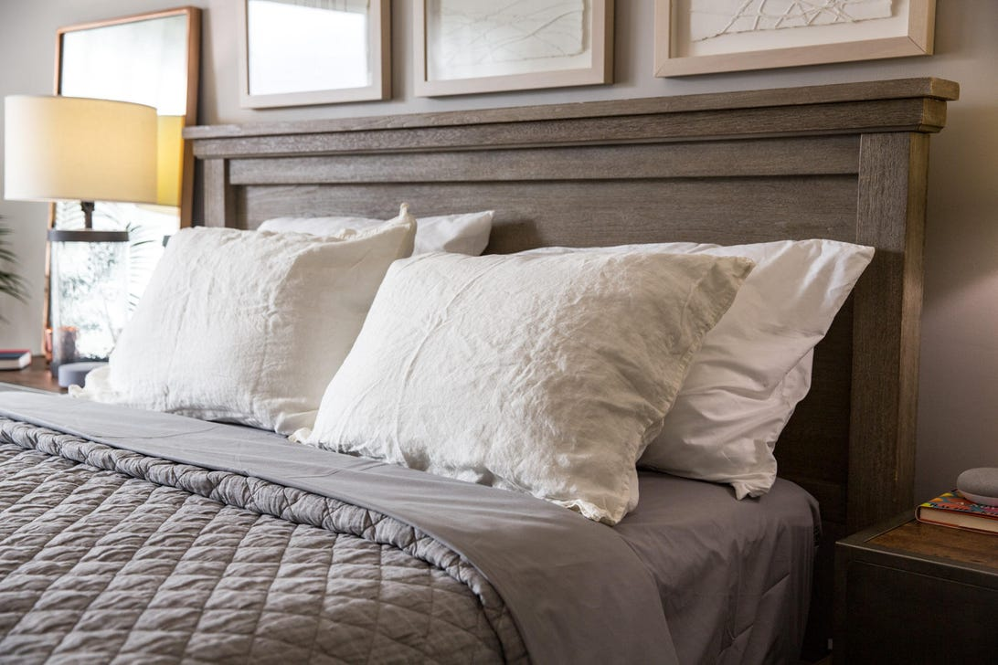 cozy-bedroom-decor.jpg