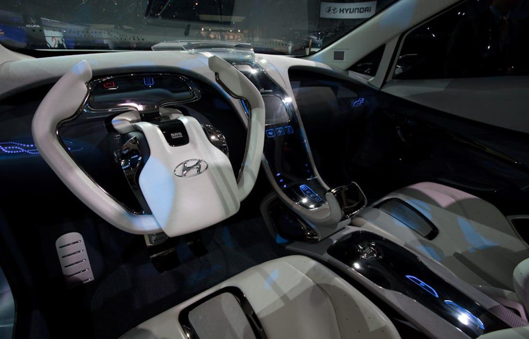 Hyundai_Blue-Will-2.jpg