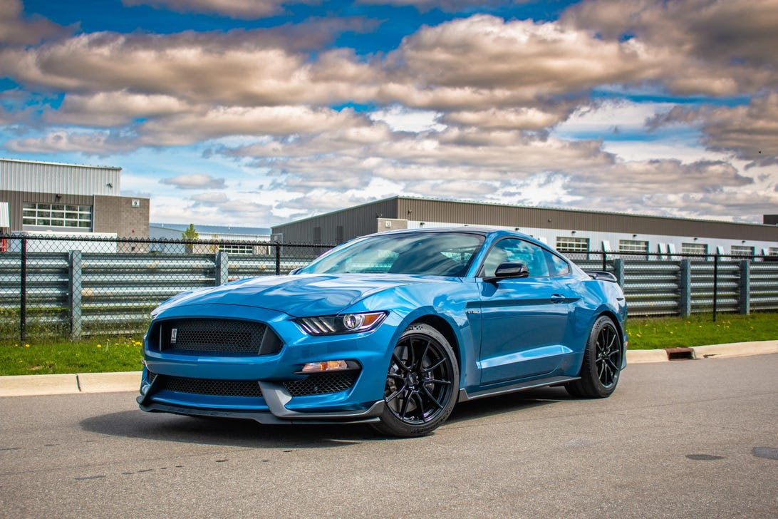2019-ford-mustang-shelby-gt350-1