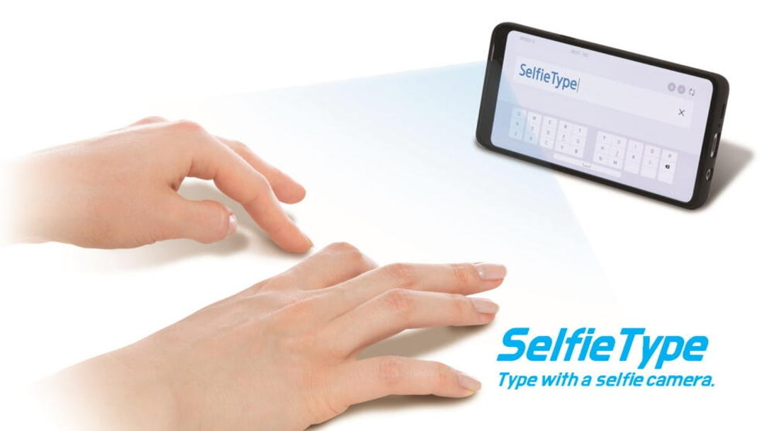 c-lab-at-ces2020-main-selfietype