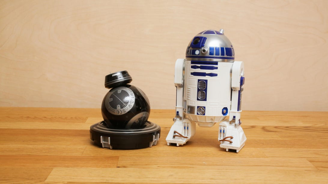 Sphero's BB-9E and R2-D2