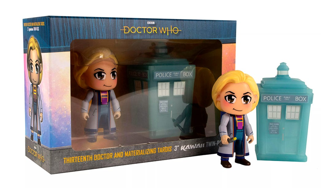 3-thirteenth-doctor-materializing-tardis-kawaii-figurine