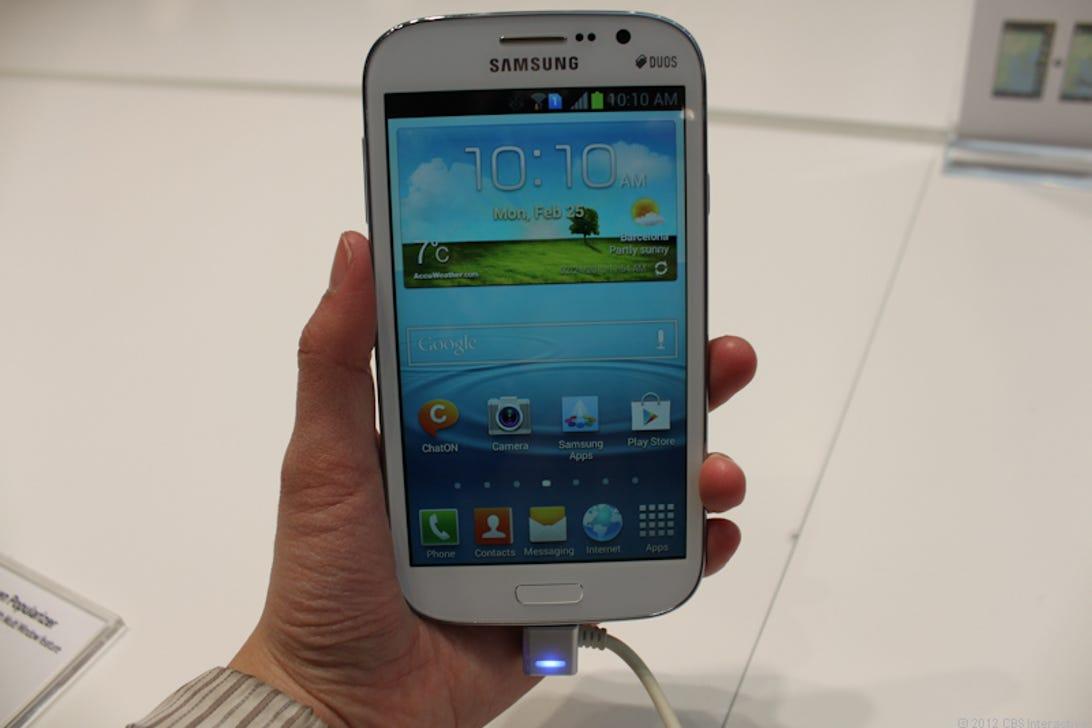 Samsung_Galaxy_Grand_35558251-2.jpg