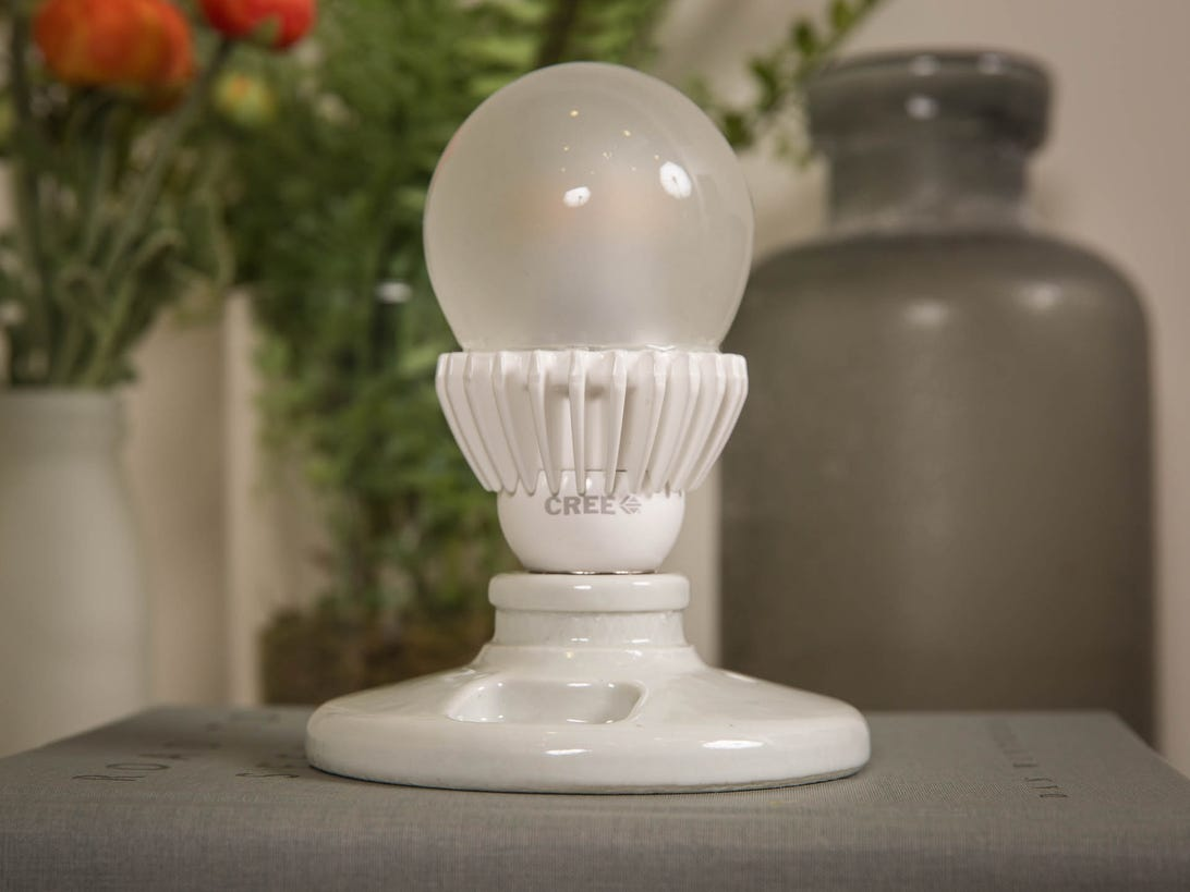 cree-100w-led-bulb-product-photos-4.jpg