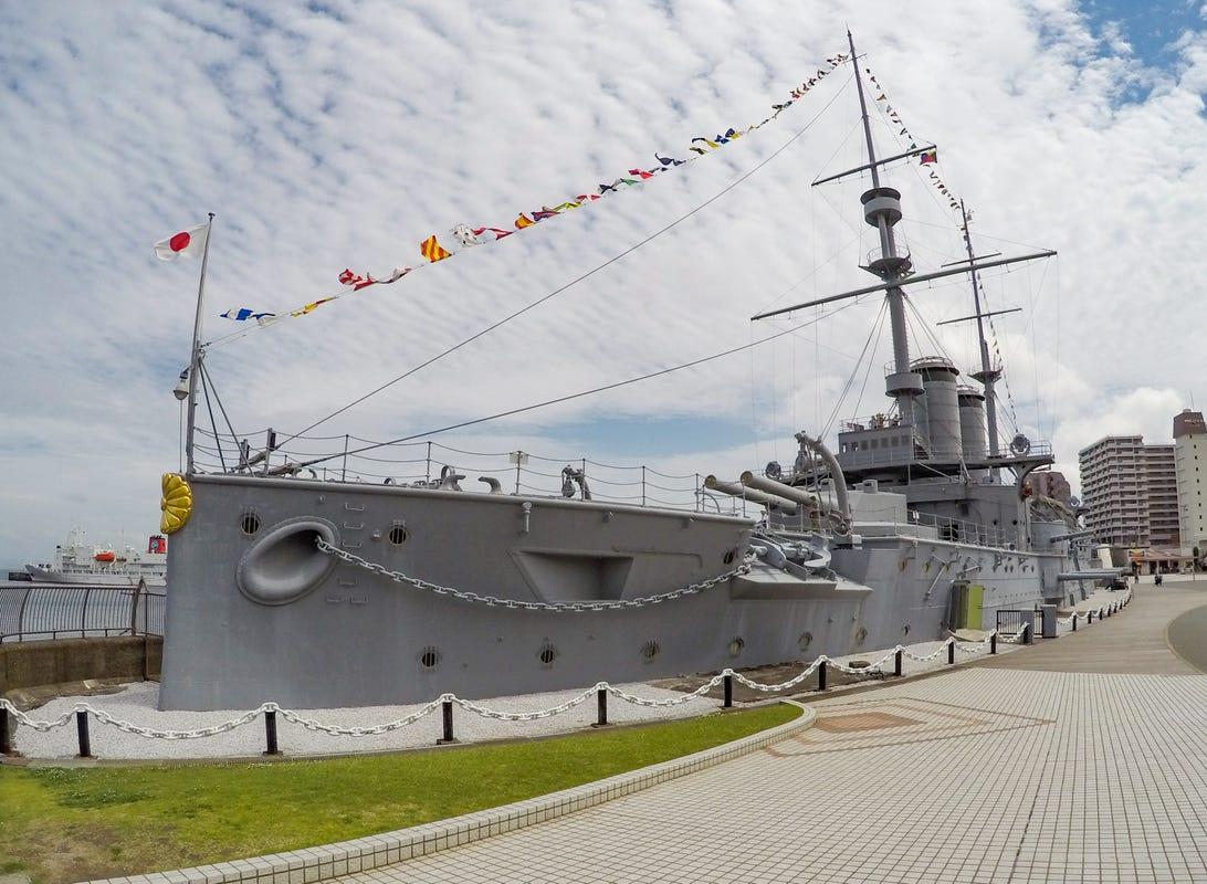 mikasa-battleship-2.jpg