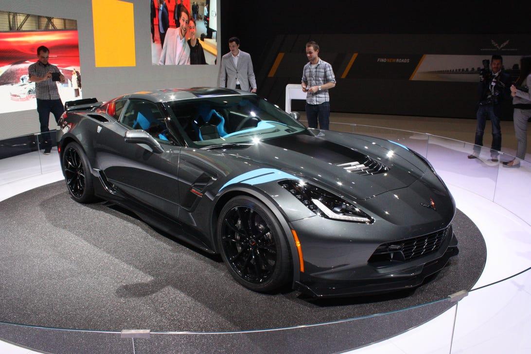 112017-chevrolet-corvette-grand-sport.jpg