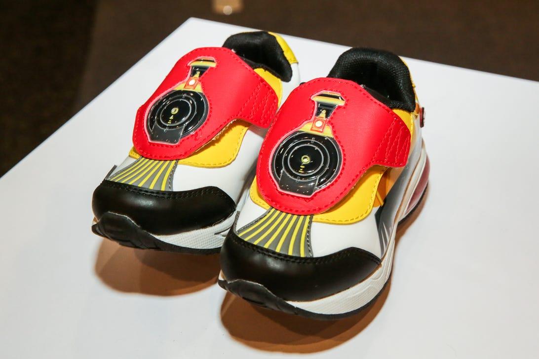 choo-choo-shoes-02.jpg