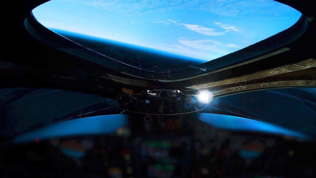 virgin-galactic-first-spaceflight-cockpit-still