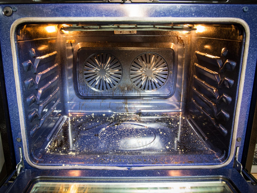 how-to-clean-your-oven-1