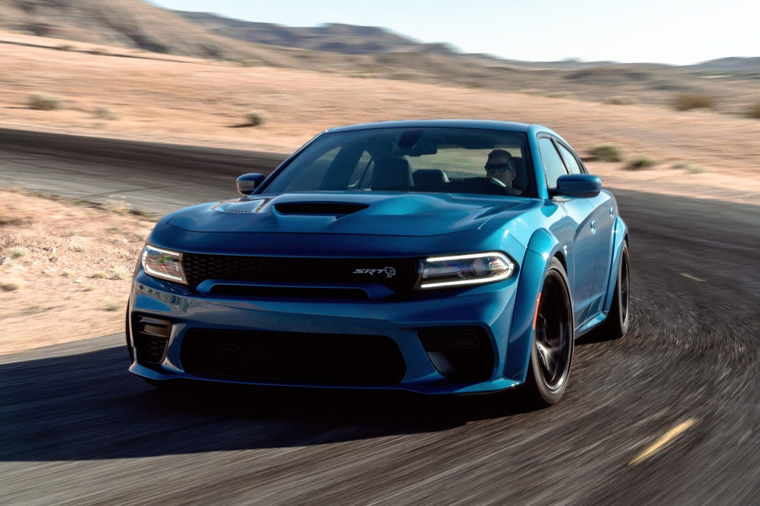2020-dodge-charger-hellcat-widebody-1