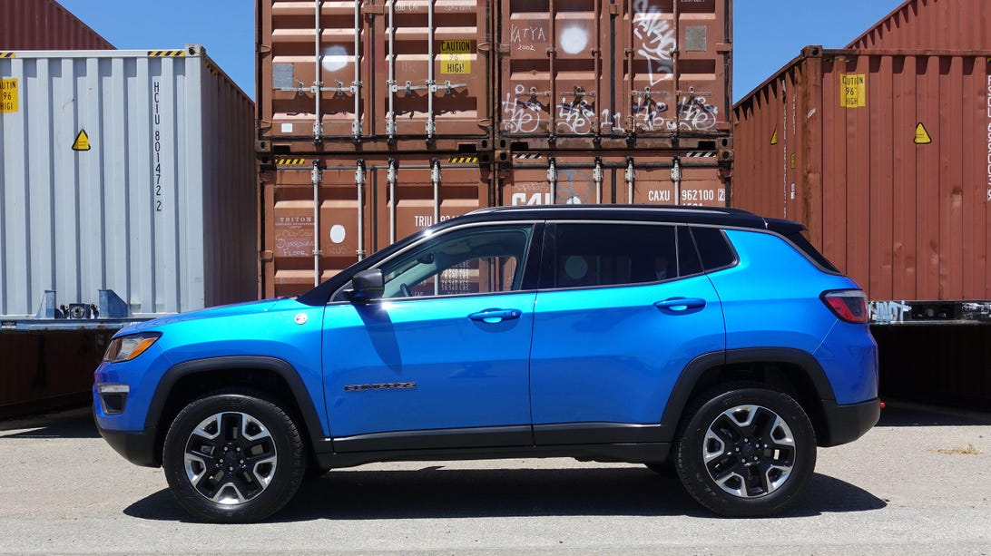 2017-jeep-compass-trailhawk16