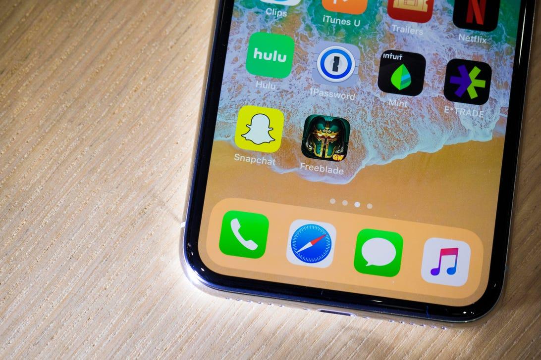 apple-091217-iphone-x3944