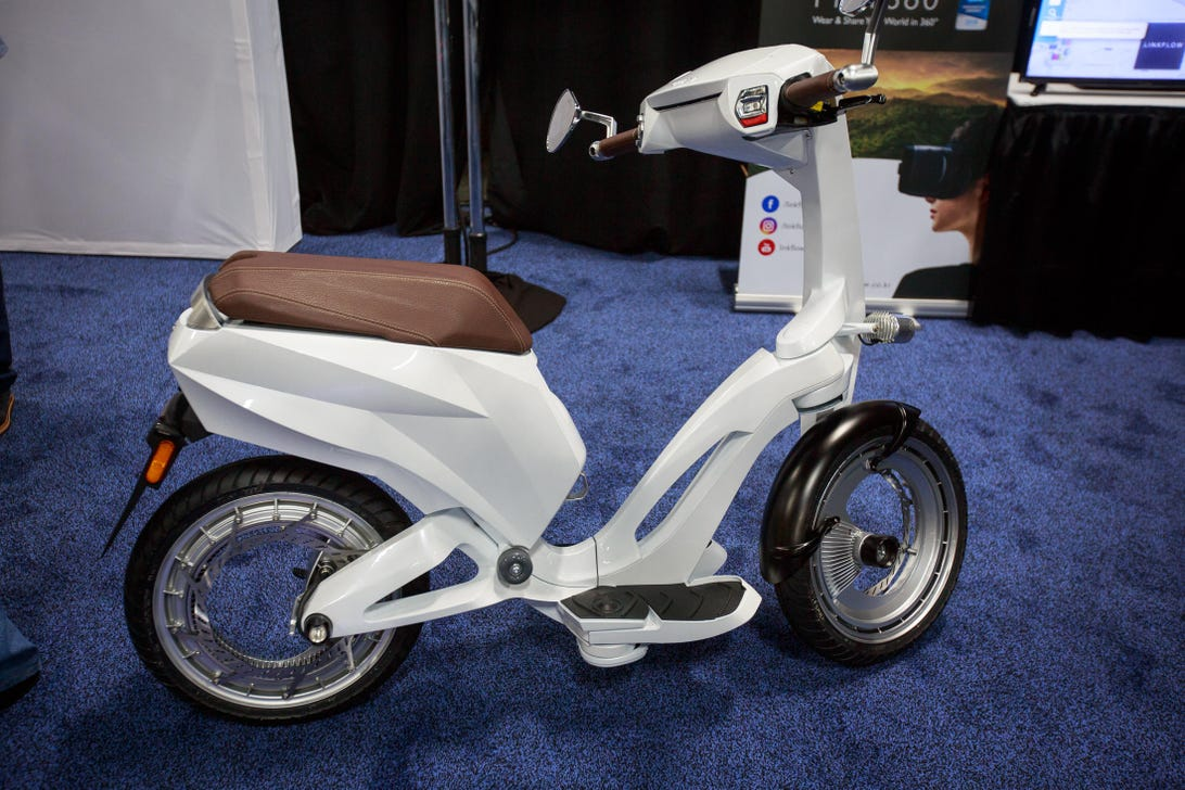 ujet-scooter-3862-001
