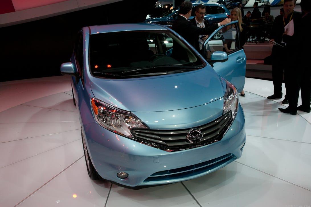 Nissan_Versa_Note_Detroit_Auto_2013-7267.jpg