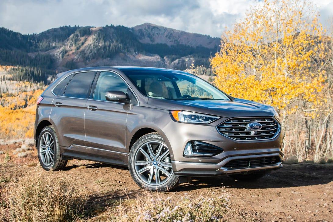 2019-ford-edge-titanium-1