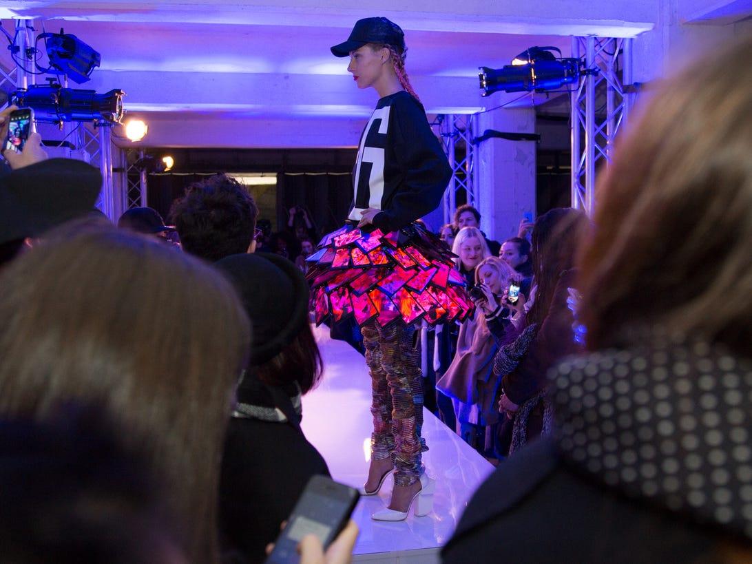nokia-1520-dress-fashion-10.jpg