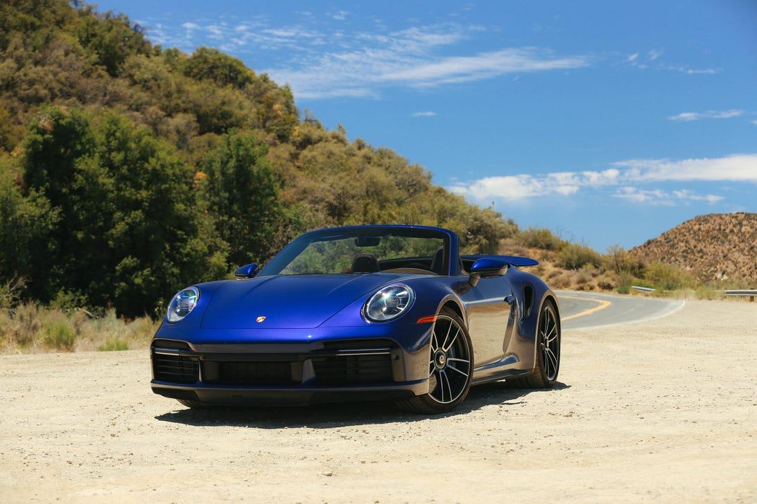 2021-porsche-911-turbo-s-cabriolet-110