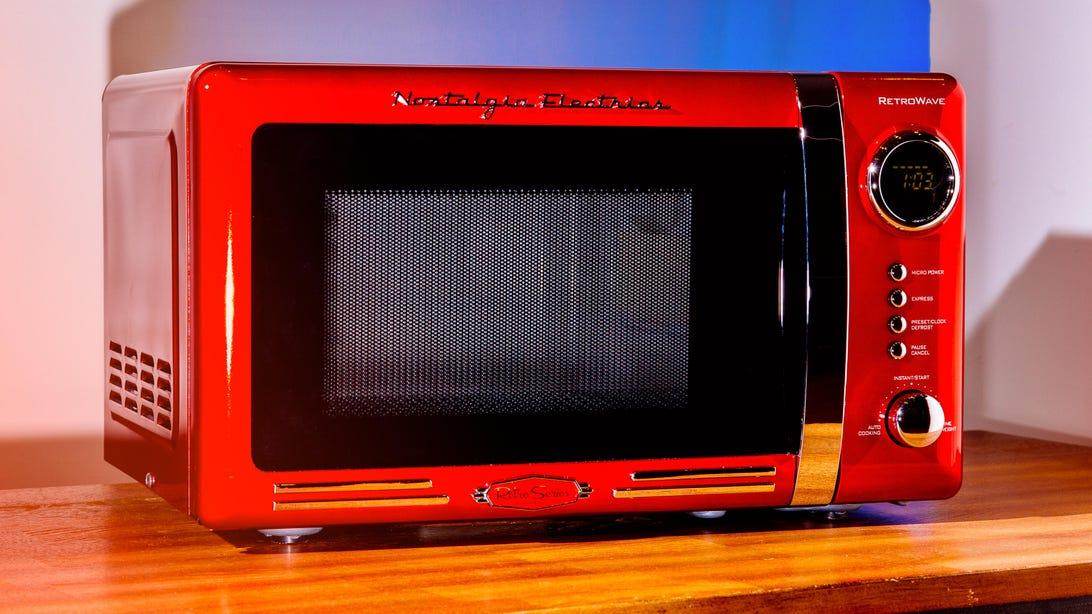 nostalgia-electronics-microwave-1
