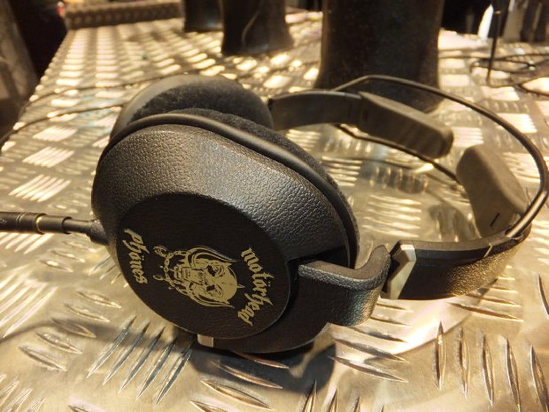 motorheadphones-iron-fist-1.jpg