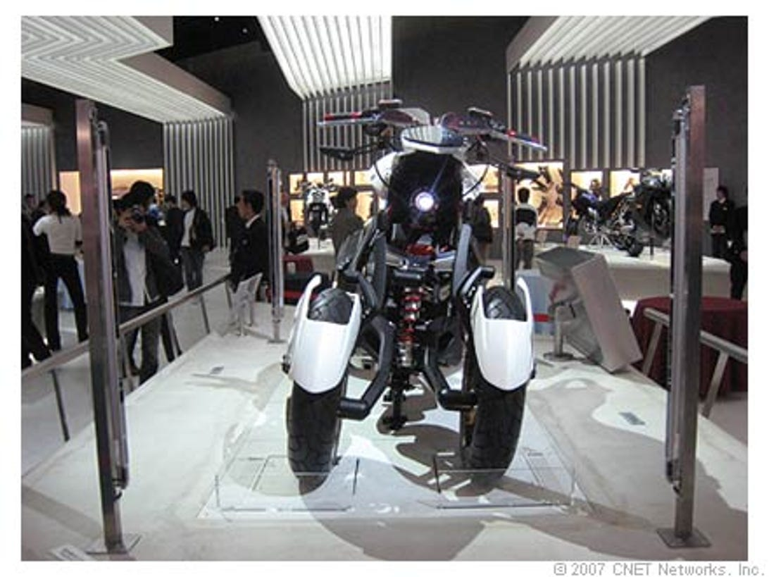 moto02_440.jpg