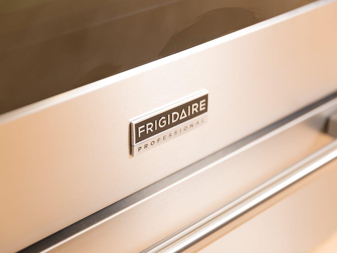 frigidaire-electric-oven-range-fpef3077qf-product-photos-15.jpg