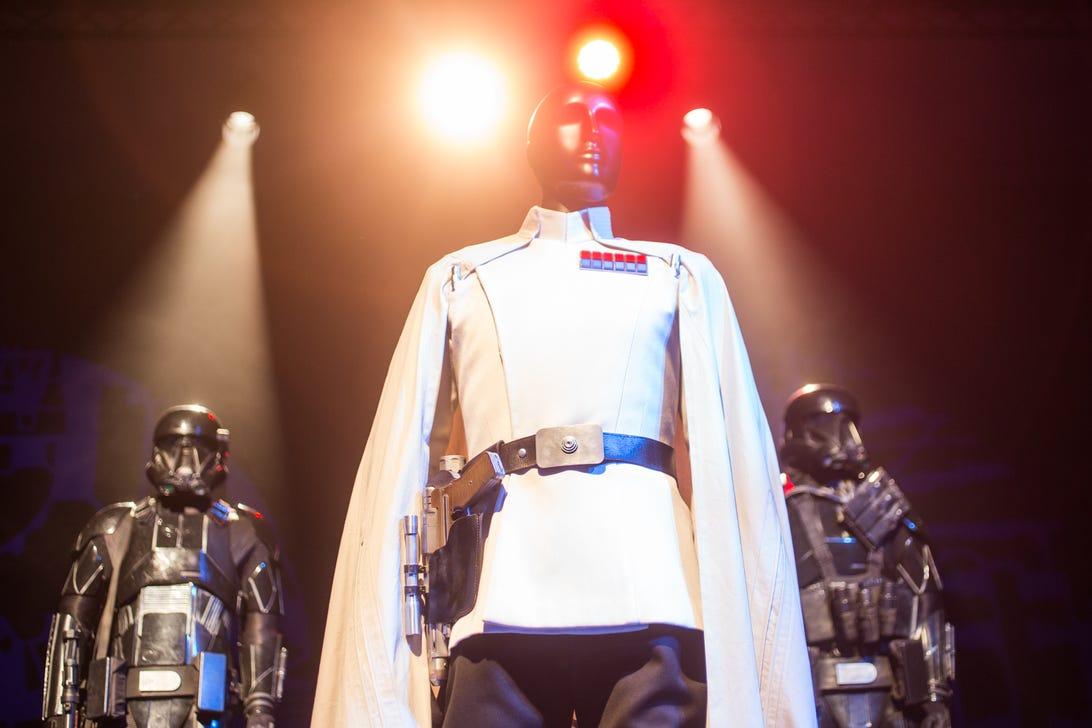 star-wars-rogue-one-costumes-28.jpg
