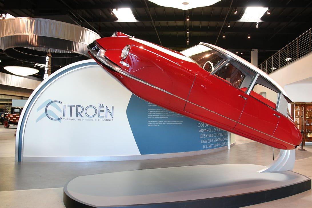 mullin-automotive-museum-1-of-52