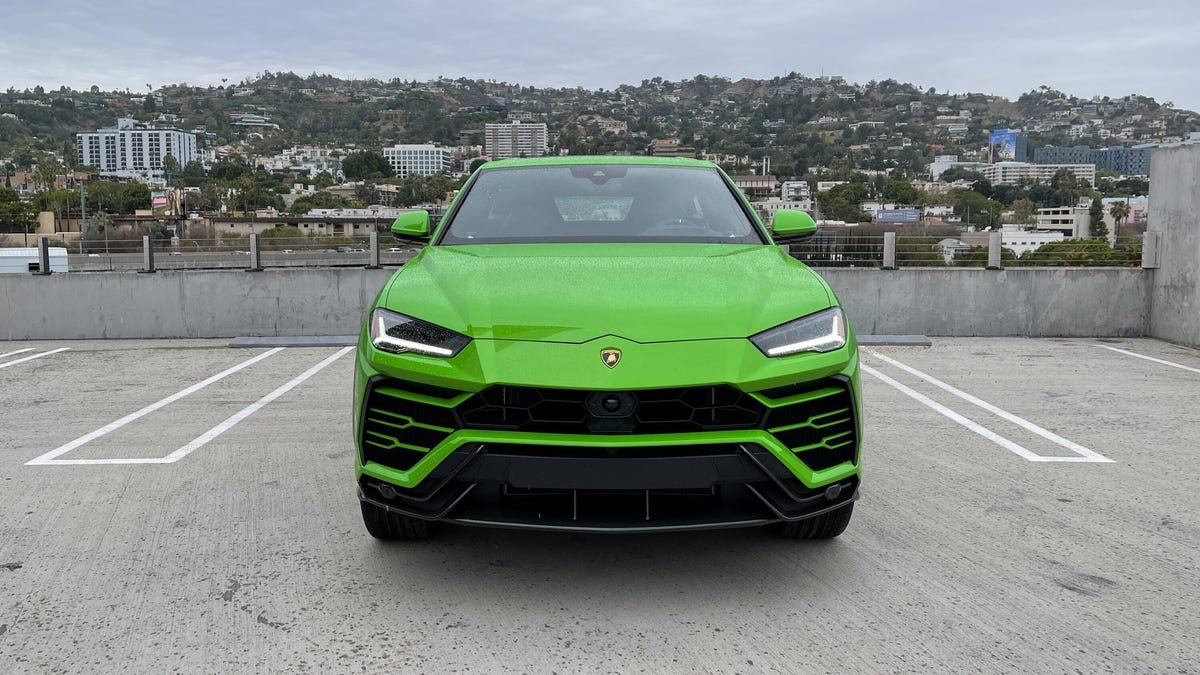 The 2021 Lamborghini Urus stands out even on a gloomy day