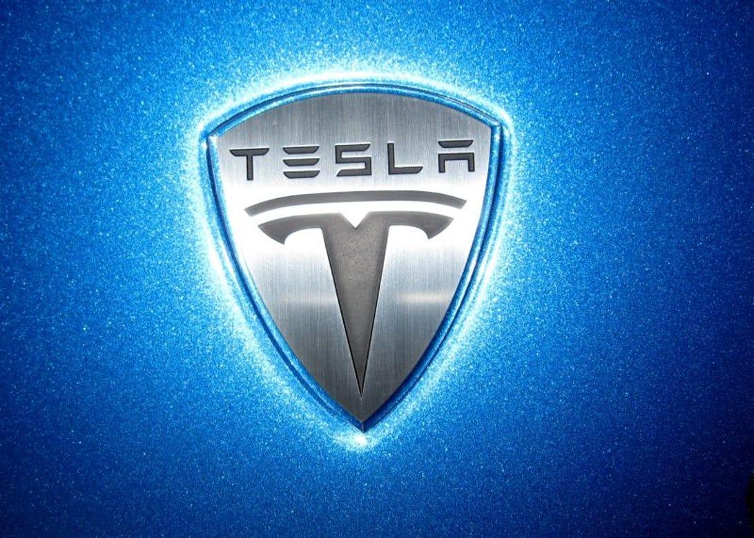 Tesla1124-1.jpg