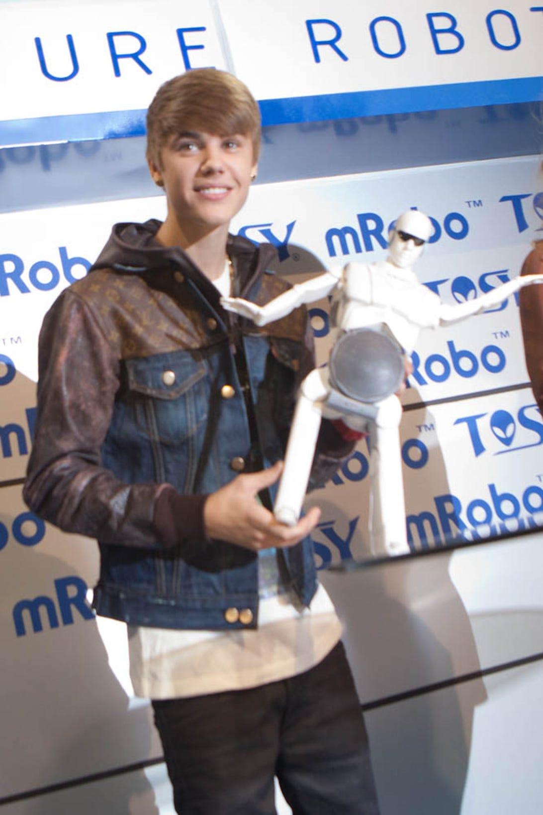 Justin-Bieber-CES-7519.jpg