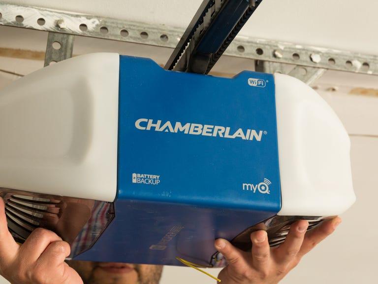 chamberlain-wifi-garage-door-opener-product-photos-11.jpg