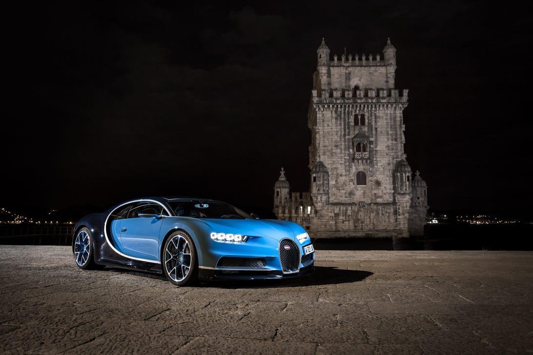 bugatti-chiron-3000px.jpg