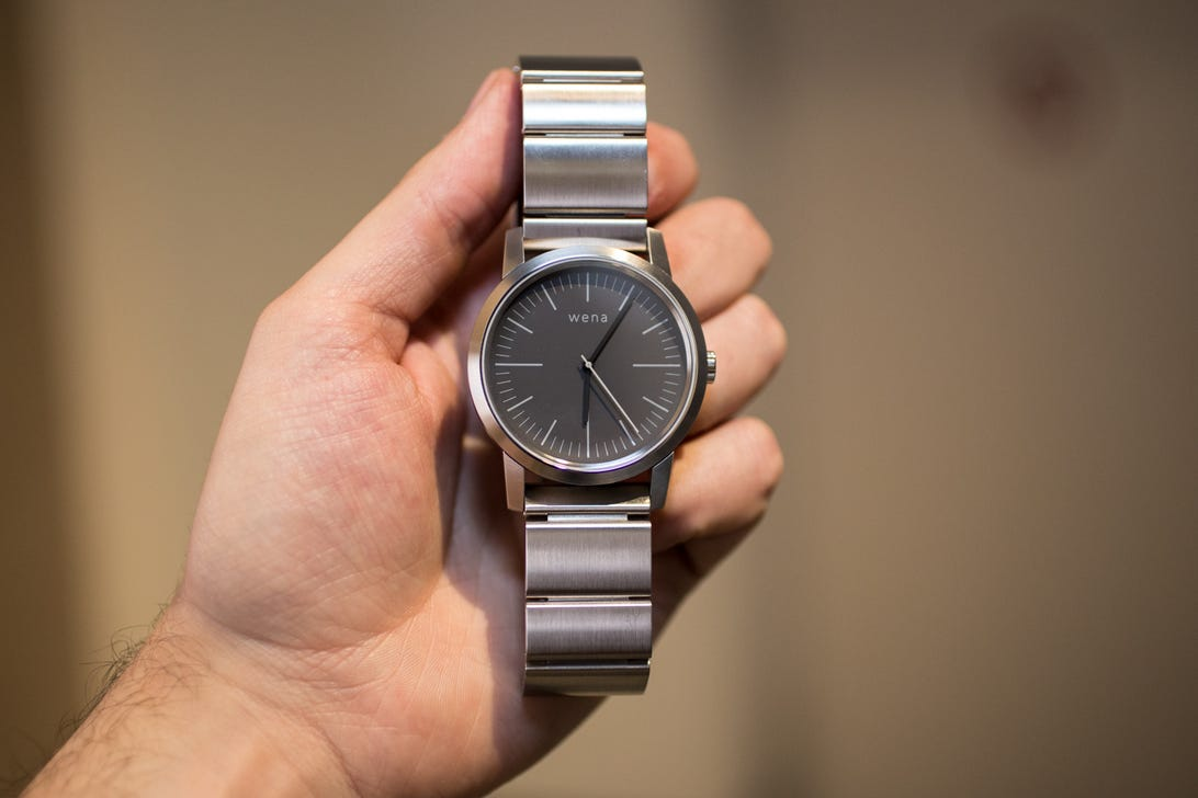 sony-wena-wrist-watch-ifa-8.jpg