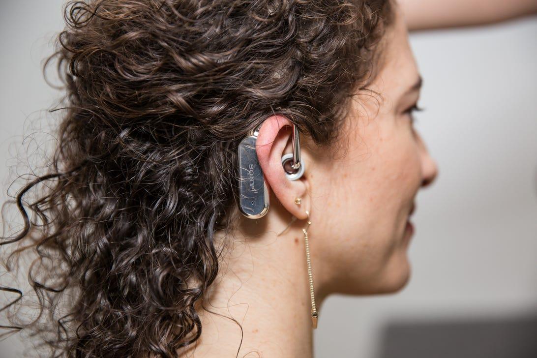 sony-xperia-ear-concept-mwc-2.jpg