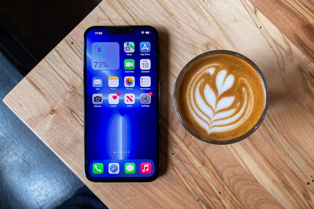 iPhone 13 Pro and iPhone 13 Pro Max