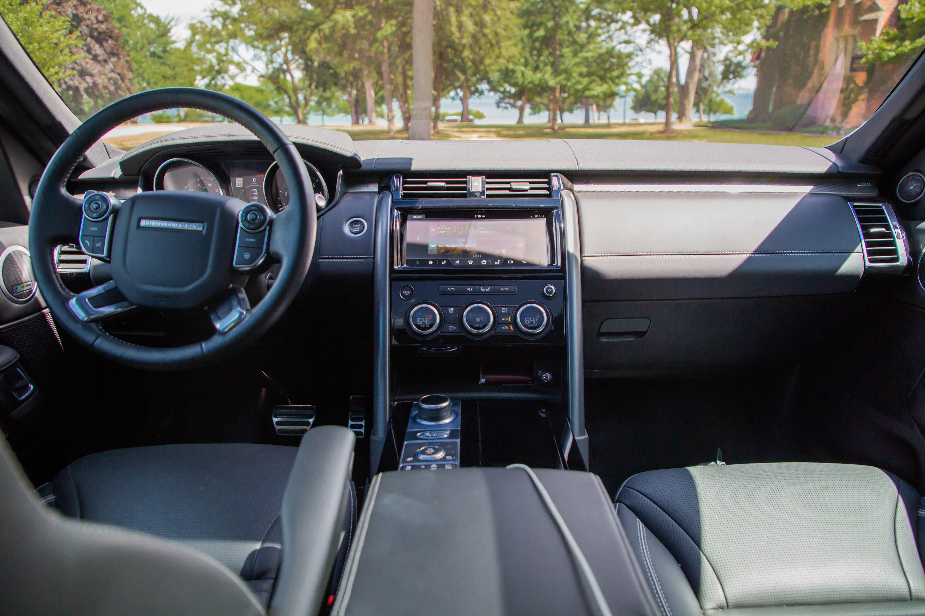 Long-Term 2017 Land Rover Discovery