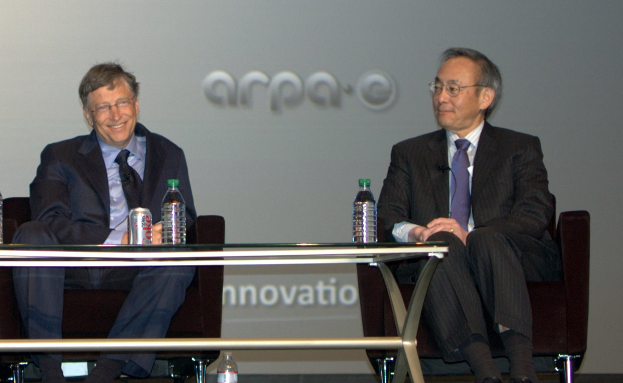 Bill Gates and Steven Chu discuss the pathways to a cleaner energy system.