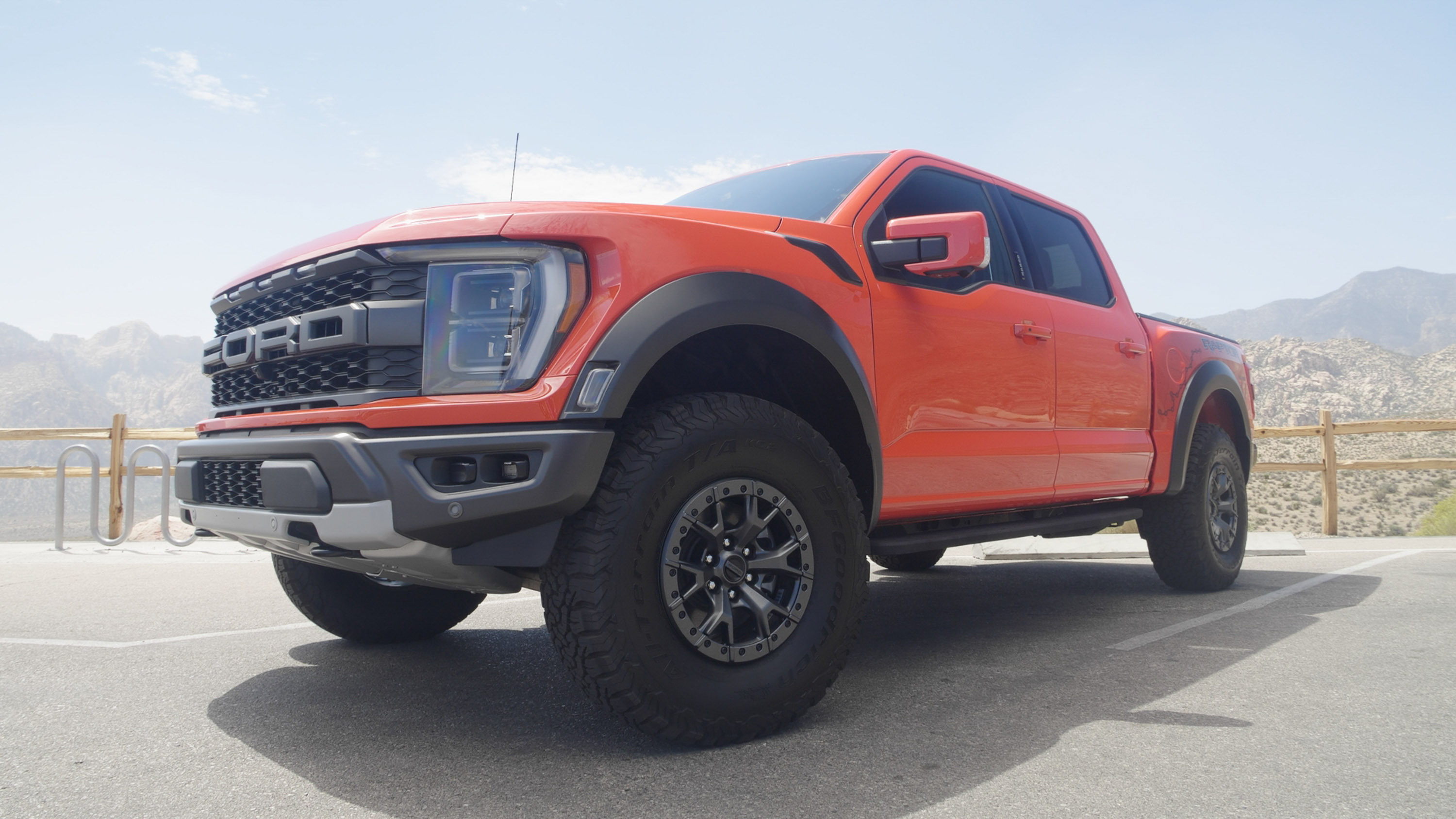 2021 Ford F-150 Raptor - front 3/4 view