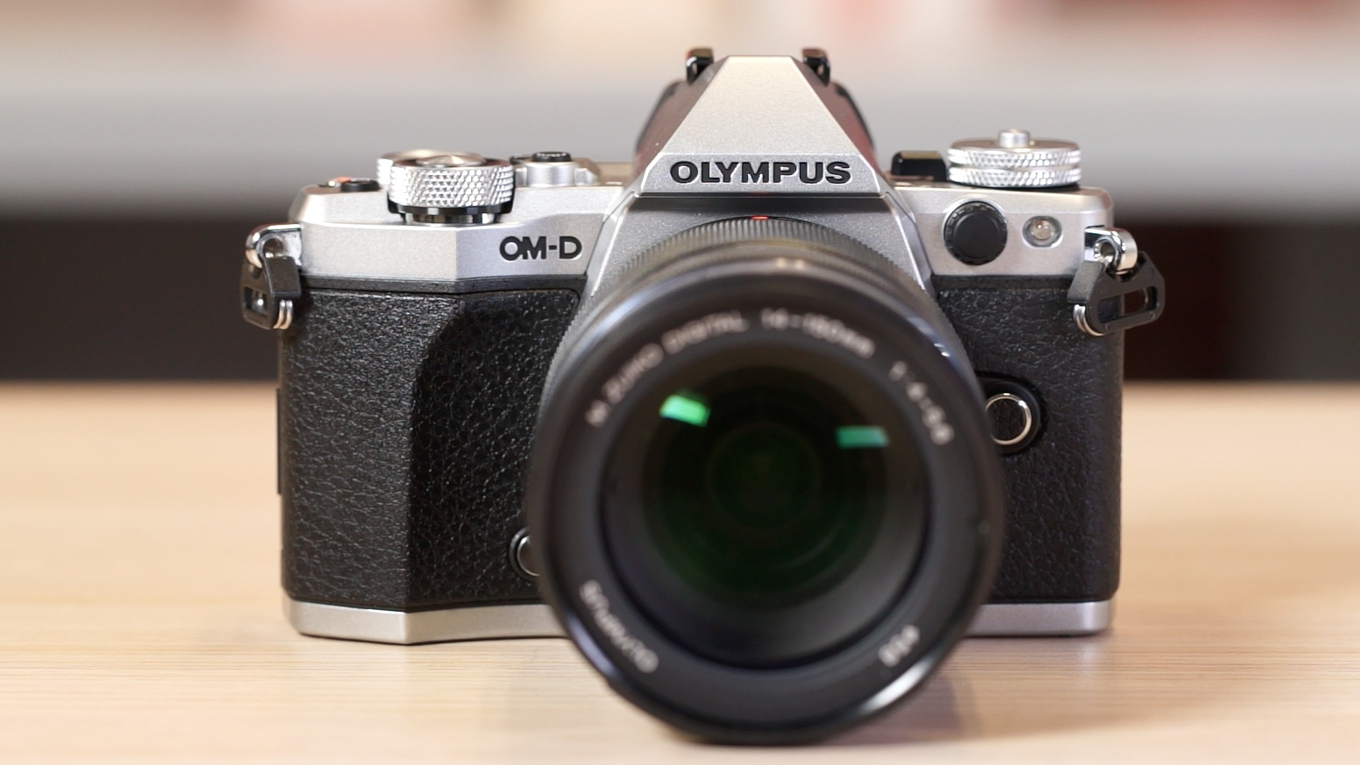 Video: Olympus beefs up the OM-D E-M5 Mark II