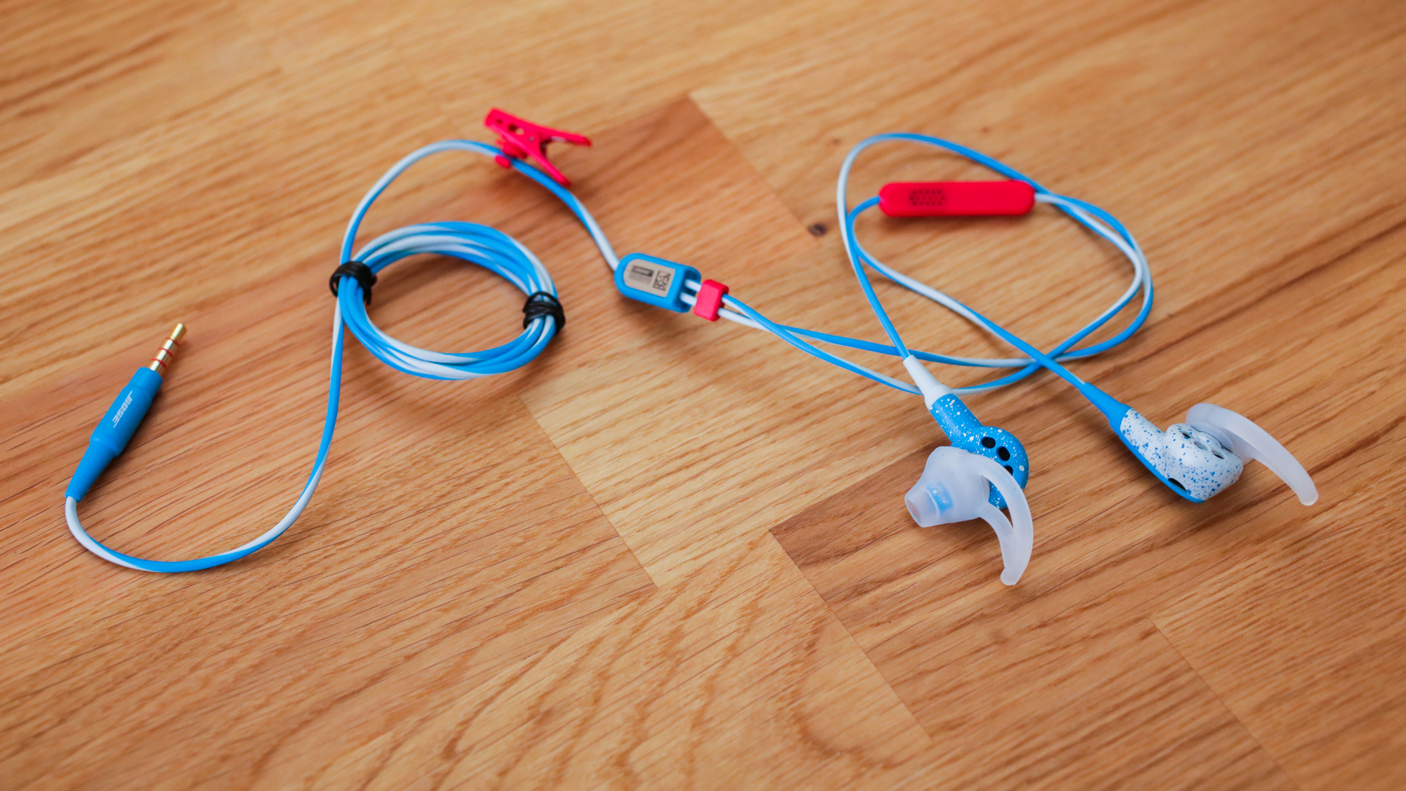 Sporty earbuds that float comfortably in your ears