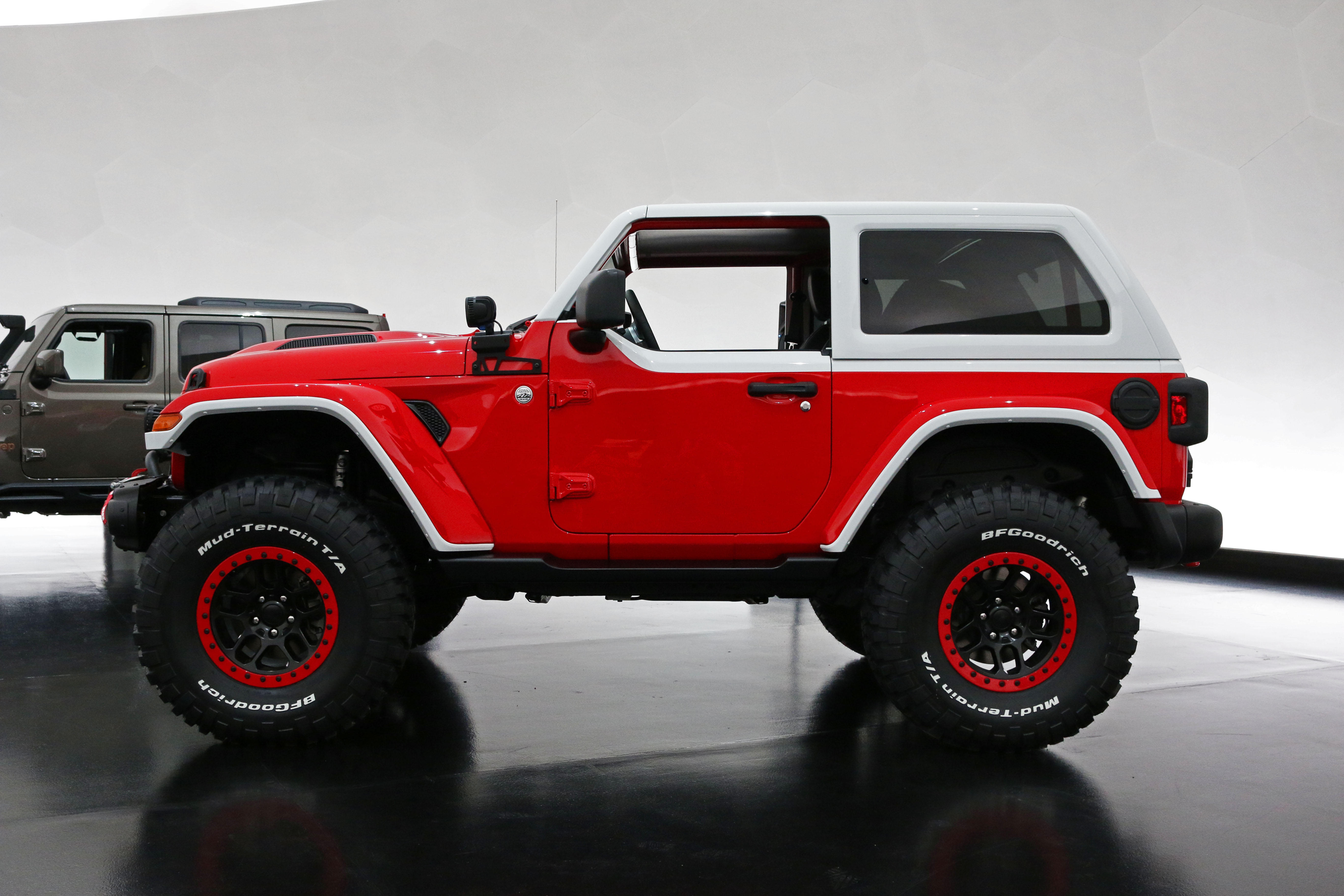 jeep-jeepster-concept-36